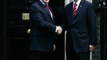 Tyrkiets muslimske identitet og dets relationer til naboerne er de senere år - med premierminister Erdogan - blevet opprioriteret på bekostning af det nære forhold til Amerika .