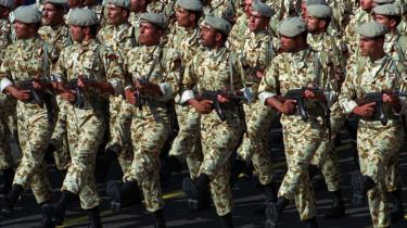 Revolutionsgarden har stadig 125.000 mand under våben, men fokus er flyttet til det iranske forretningsliv og muligvis også den internationale økonomi.
