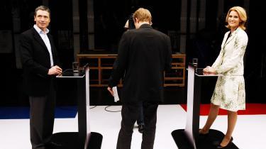 Fogh og Thorning tørnede sammen i den sidste tv-duel før folketingsvalget. Eksperter mener, at Socialdemokraternes formand vandt på point