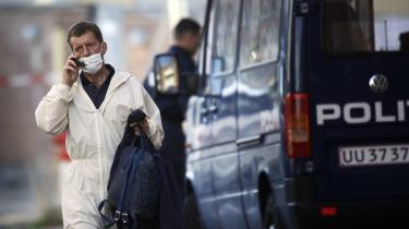 Den 4. september blev to mænd anholdt i Københavns nordvestkvarter mistænkt for at forberede en terrorhandling. I går blev en 22-årig mand anholdt for at opfordre til bortførelse af danskere i udlandet med det formål at fremtvinge en løsladelse af de to.