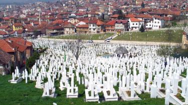Fortiden findes overalt i Bosnien. Alene i Sarajevo kostede krigen i 1992-1995 10.000 døde og flere end 50.000 sårede.