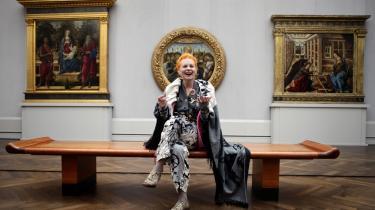 Modedronningen giver ikke meget for kunstens nye klæder: abstrakt kunst og konceptkunst. Næ nej, så hellere National Gallery, eller som her, Gemälde Gallerie i Berlin.