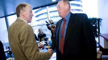 SF-s formand, Villy Søvndal (tv.), mødtes i går med LO-formanden, Harald Børsting, da LO havde inviteret SF til møde om de offentligt ansattes lønninger.