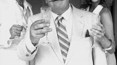 Mesterdetektiven Hercules Poirot, her i Peter Ustinovs skikkelse, ville være overrasket over nyheden om, at belgisk politi nu har ansat seks blinde og synshæmmede detektiver.