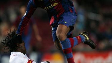 Mål. Det glæder Barcelonas fans, at Ronaldinho fik bolden i nettet i kampen mod Stuttgart. Lige for tiden har klubben ikke har de bedste helbredserklæringer på deres spillere.