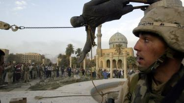 Robert Kagan mener ikke, at krigen i Irak har svækket USA-s position i verden, og han mener heller ikke, at krigen vil ændre ret meget på amerikansk udenrigspolitik: -Der er ingen, der anbefaler en udenrigspolitik, som aldrig ville kunne føre til en invasion af Irak-, siger han.