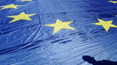 Bange for et nej. EU er en diplomatisk succes, men en demokratisk fiasko. Aldrig har EU forekommet så elitært som nu, siger filosoffen Jürgen Habermas. Danmark har netop afvist en folkeafstemning om reformtraktaten.