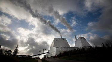 Under ét har elselskaberne i perioden 1. januar 2006 til 30. juni 2007 realiseret godt 80 pct. af de forlangte energisparemål. Man er med andre ord bagud med en femtedel af den politisk forlangte spareindsats.