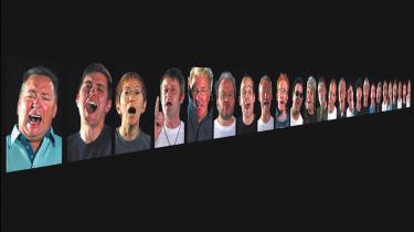 Idolet bliver menneskeligt og almindeligheden sati scene i sydafrikanske Candice Breitz' forunderlige værker. Louisiana Contemporary sætter med vinterens udstilling foreløbigt punktum for et imponerende strejftogi den internationale samtidskunst