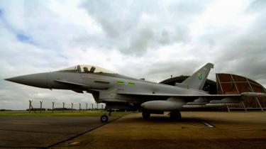 Britiske Royal Air Force har været blandt kunderne til Eurofighter Typhoon-flyet, men det europæiske flykonsortium har nu trukket sig ud af kapløbet om at levere kampfly til det danske forsvar.