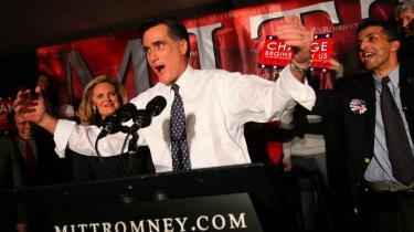 Mitt Romney kom for alvor ind i kampen igen, da han i tirsdags vandt republikanernes primærvalg i Michigan.