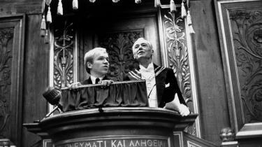 En af de mest markante begivenheder i 1968: psykologi-studerende Finn Einar Madsen overtog talerstolen fra rektor Mogens Fog. Måske burde man ikke beskæftige sig nær så meget med datidens begivenheder, men mere med nutidens ...