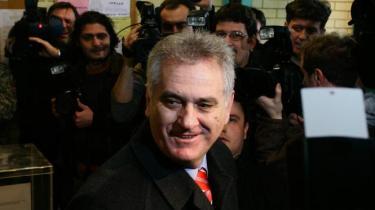 Truslen om Kosovos endelige løsrivelse fra Serbien er en vigtig baggrund for ultranationalisten Tomislav Nikolics sejr i første valgrunde af det serbiske præsidentvalg