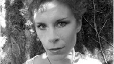 Tana French skriver godt, men burde have ladet en kvinde opklare sagen i 'Skoven'