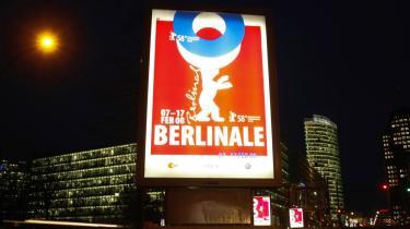 Dansk film er massivt repræsenteret på filmfestivalen i Berlin. Carl Th. Dreyers stumfilm -Elsker hverandre- fra 1922 bliver vist. Af nutidige instruktører er Søren Kragh-Jacobsen, Niels Arden Oplev og Simon Staho deltagere med hver sin nye film.