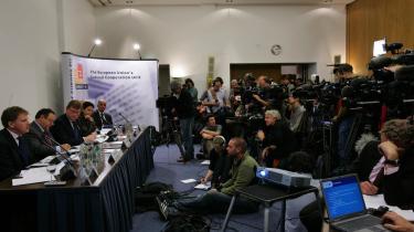 Pressekonference om det Europol-samarbejde mellem 19 lande, der førte til optrevlingen af en børnepornoring, hvor en 42-årig italiener til sidst kunne anholdes for at have solgt videofilm, der var produceret i Ukraine, Belgien og Nederlandene.