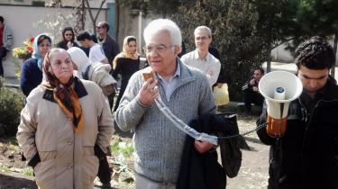Den iranske advokat og forfatter Zarafshan repræsenterer de anholdte studerende fra bevægelsen Frihed og Lighed. Zarafshan har selv afsonet en femårig fængselsstraf, og han ser de unges aktiviteter som kernen i en stærk folkelig bevægelse