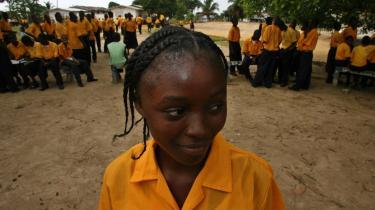I USA giver individuelle donorer omkring 200 milliarder dollar til velgørenhed om året. Men ingen aner, hvor effektiv denne enorme sum er i forhold til at nå de mål, donorerne ønsker at støtte. Billedet er fra Liberia, hvor amerikanerne har støttet med bl.a. denne skole.
