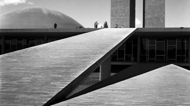Oscar Niemeyer: Nationalkongresseni Brasilia.