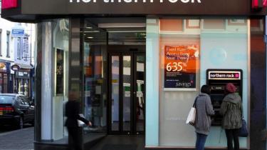 Den kriseramte bank Northern Rock er blevet nationaliseret af den britiske stat - midlertidigt, understreger premierminister Gordon Brown.