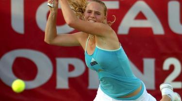 Coaching kommer oprindeligt fra eliteidrætten. Her har mange idrætsudøvere haft god brug af coaches til at vinde på den sidste marginal. Billedet er af den danske professionelle tennisspiller Caroline Wozniacki, der netop nu fejrer store triumfer.