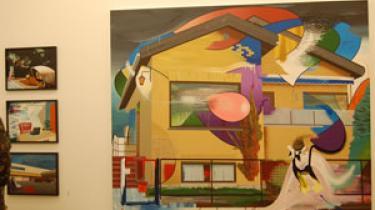 Ivan Andersen blander hverdagsliv og uvirkelighed i sine malerier. Han er aktuel med udstillingen 'It's all downhill from here' på Galleri Bo Bjerggaard