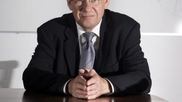 -Jeg kan ikke se, det er min opgave at rette de fejl, som står i avisen. Ærlig talt, skulle vi så ikke holde os til, at vi driver et universitet ordentligt, og I skriver avisen ordentligt?-, spørger Lars Pallesen, rektor på DTU.