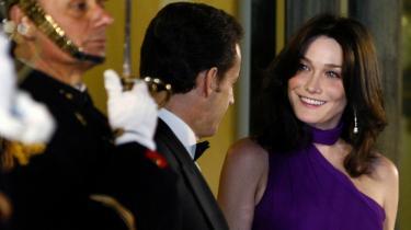 Den franske præsident Nicolas Sarkozy har tilsyneladende ikke ladet sig afskrække af Carla Bruni.