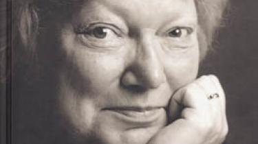 Inger Christensen var ombejlet, da hun forleden læste op i Berlin