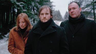 11 år er der gået siden Portishead sidst gav nye lyde fra sig. De har været værd at vente på. Det beviste trioen og deres medmusikere ved en afslappet og alligevel højintensiv koncert i det tidligere DDR's statsradiofoni