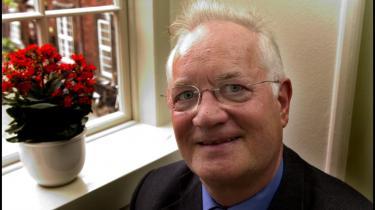 Efter 30 års medlemskab fortæller Jens-Peter Bonde, at han ikke genopstiller til Europa-Parlamentet. Det EU-kritiske arbejde fortsætter dog.