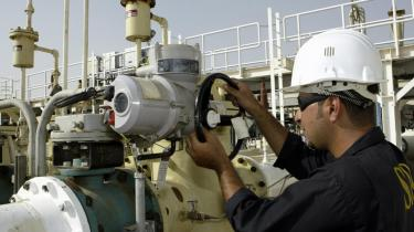 Kampen om Basra handler først og fremmest om økonomi og om at kontrollere byens oliehavne.