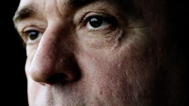 Ifølge Dansk Folkepartis udenrigsordfører Søren Espersen skyder man budbringeren med kritikken af den hollandske politiker Geert Wilders. Filmen -Fitna- burde i stedet give anledning til selvransagelse blandt muslimer.