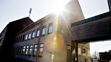 Med udsigten til et ungdomshus på Dortheavej, ser de seneste års fysiske og juridiske kampe ud til langt om længe at være slut. Fantastisk, siger SF og de unges advokat - beskæmmende, svarer de konservatives Mogens Lønborg