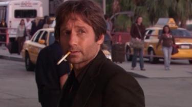 Selvdestruktivist. Træt af pænheden? Den afdankede forfatter, erotoman og dagdriver Hank Moody, der ryger joints og knepper et scientology-medlem i sin ekskæreste og hendes kommende mands hjem, bliver spillet af David Duchovny i tv-serien Californication.