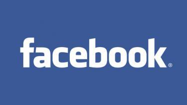 Onsdag opfordrede Politiforbundet politifolk til at droppe Facebook. Nu advarer PET også ansatte mod at lægge personlige oplysninger ud på nettet