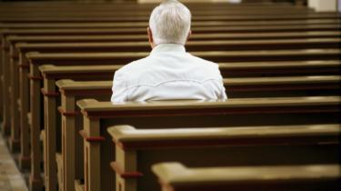 Religion er blevet moderne igen. Selv de -progressive-, der for 30 år siden kaldte kristendommen for noget sludder, bruger nu bønnen til at stresse af og få renset tankerne. Men det betyder ikke, at det religiøse er fornuftigt eller rigtigt, eller at religiøse følelser er finere end andre. Model