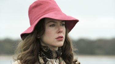 Noah Baumbach får megen sort humor og højt drama ud af at lade Nicole Kidman spille selvoptaget, neurotisk forfatter i 'Margot at the Wedding'