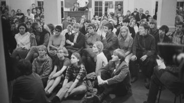 Universiteterne er ifølge dagens kronikør igen blevet en central kampzone, når det gælder demokrati. På billedet demonstrerer studenter under Ungdomsoprøret for demokrati og har besat konsistorium.