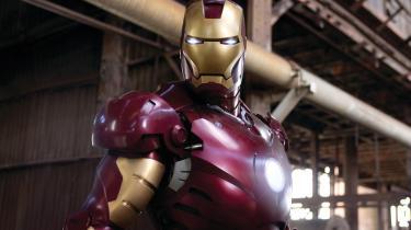 Robert Downey Jr. er forrygende i rollen som våbenproducenten, der forvandler sig til humanist og superhelt.