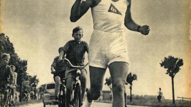 For 56 år siden gennemrejste den olympiske ild Danmark til folkets jubel. Også dengang var der bøvl med kommunistiske diktaturer, men fakkelstafetten forløb anderledes fredeligt. Måske grundet en nationalfølelse af kinesiske dimensioner