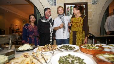 Fusion. De danske stjernekokke sammen med de palæstinensiske kolleger under receptionen i Ramallah i sidste uge.