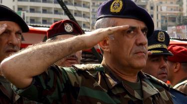 Det libanesiske parlament vælger på søndag præsident, nemlig den nuværende kristne hærchef, Michel Suleiman, der under den forudgående krise har vist, at han ikke har i sinde at udfordre Hizbollah, hverken militært eller politisk.