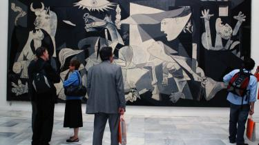 Madrids Reina Sofia-museum har vendt op og ned på sig selv for at forbedre beskuernes oplevelse af Picassos -Guernica-.