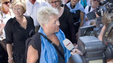 Her ankommer Sundhedskartellets formand, Connie Kruckow, til mødet med Danske Regioners formand, Bent Hansen, i går. Ved redaktionens afslutning forhandlede parterne fortsat.