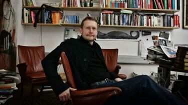 ABZ. Den monstrøse samling af Bjørn Bredals Politiken-skriverier fejer anmelderens skepsis til side, just i kraft af alsidigheden og bredden