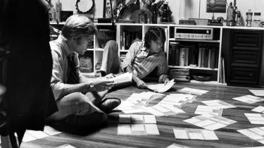 I 70-erne gennemsyrede mistroen til systemet og politikerne film som f.eks. -Alle præsidentens mænd-, der handlede om Watergate-skandalen. 30 år senere dukker temaerne igen op i en række nye politiske thrillers.