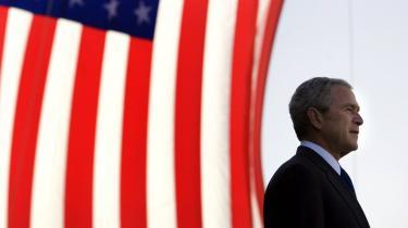 Bush er en exceptionel politiker, som på blot otte år har udvirket radikale forandringer i sit land og resten af verden. Derfor bør han belønnes med Nobels Fredspris, mener dagens skribent.
