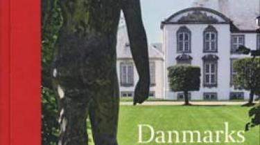 Bente Scavenius giver med sin nye bog 'Danmarks dejligste haver' en veloplagt indføring i barokkens iscenesatte haver og romantikkens forførende parker uden dog at trænge bag de landskabelige kulisser