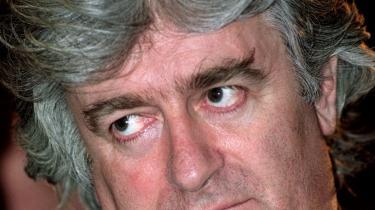 Den krigsforbrydermistænkte bosnisk-serbiske tidligere leder Radovan Karadzic er anholdt, bekræfter Serbiens præsident Tadic. Chefanklager taler om en milepæl